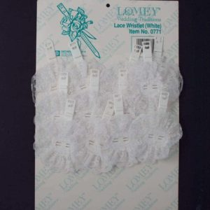 Lace Wristlet White