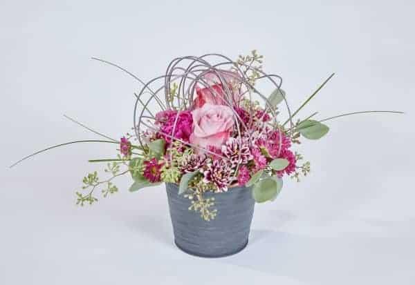 Fresh Feelings Valentine Floral Arrangement