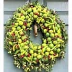 Reinvent Wreaths like Laura Dowling in 8 Steps/OASIS® Floral 50% Sale
