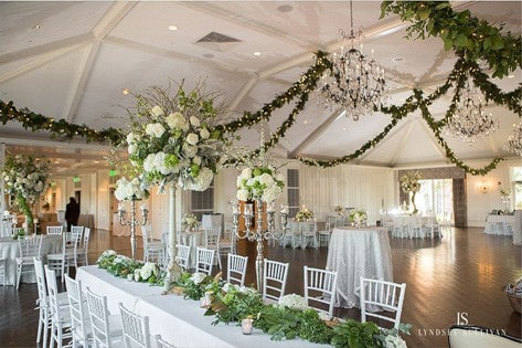11 Tips To Get Floral Wedding Garlands Right